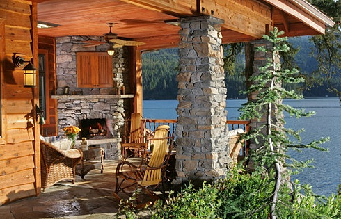 Outdoor Living with CDA Lake Views
