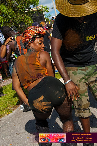 Dutty_Pleasures_Jouvert_2014_jpegs-171.jpg