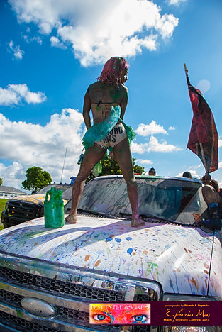 Dutty_Pleasures_Jouvert_2014_jpegs-175.jpg