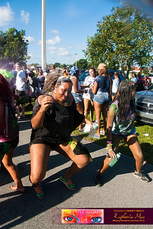 Dutty_Pleasures_Jouvert_2014_jpegs-13.jpg