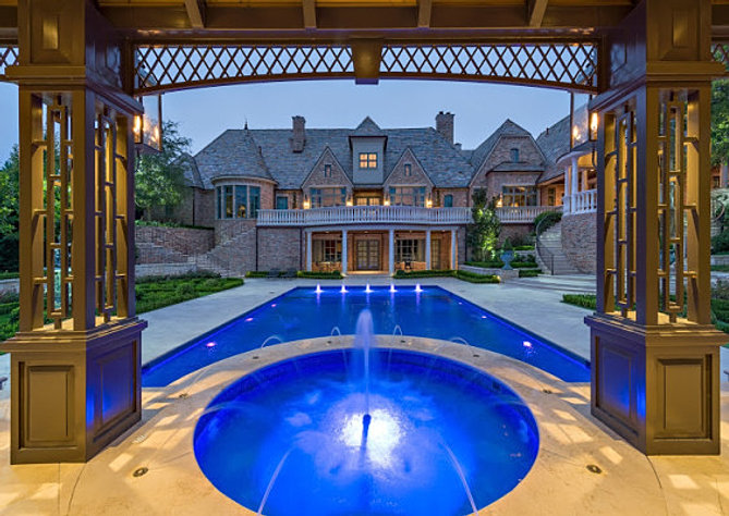 Water features and fountains kansas city for Pool builders kansas city