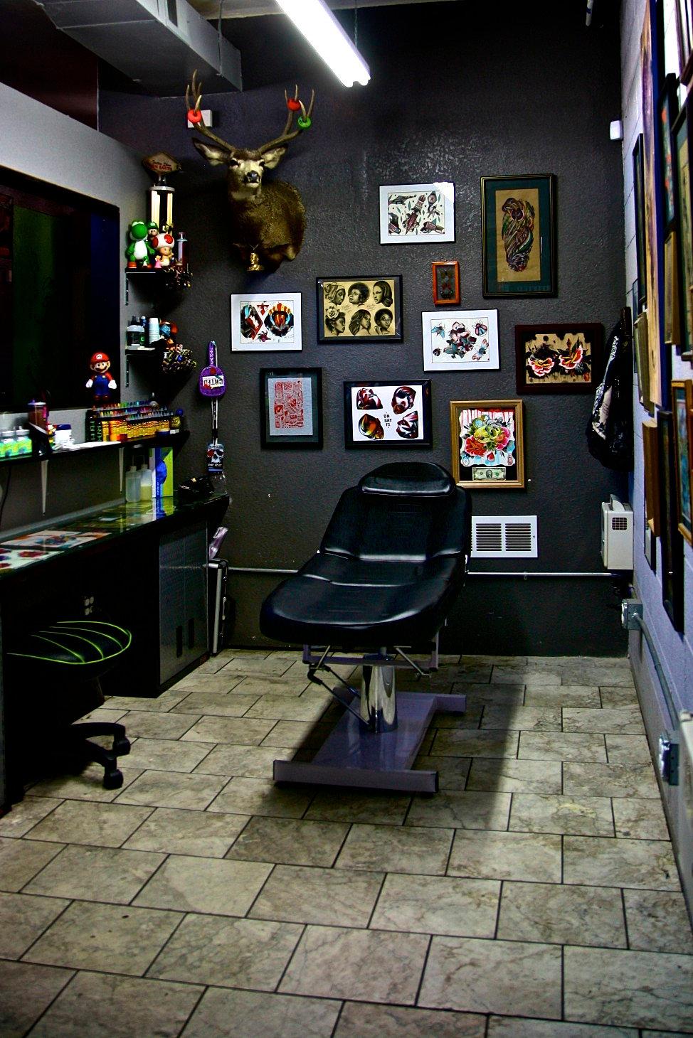 Certified customs denver tattoo shop for Best tattoo shops in denver co
