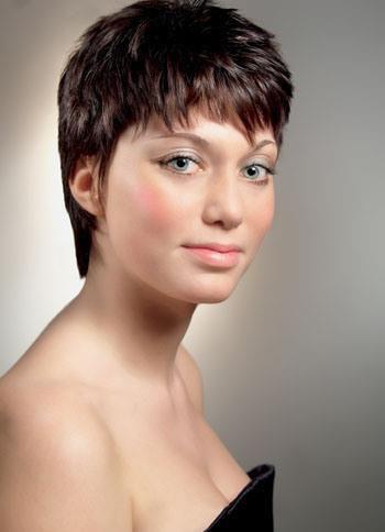 beautyful hair la coiffure qui vous va bien. Black Bedroom Furniture Sets. Home Design Ideas