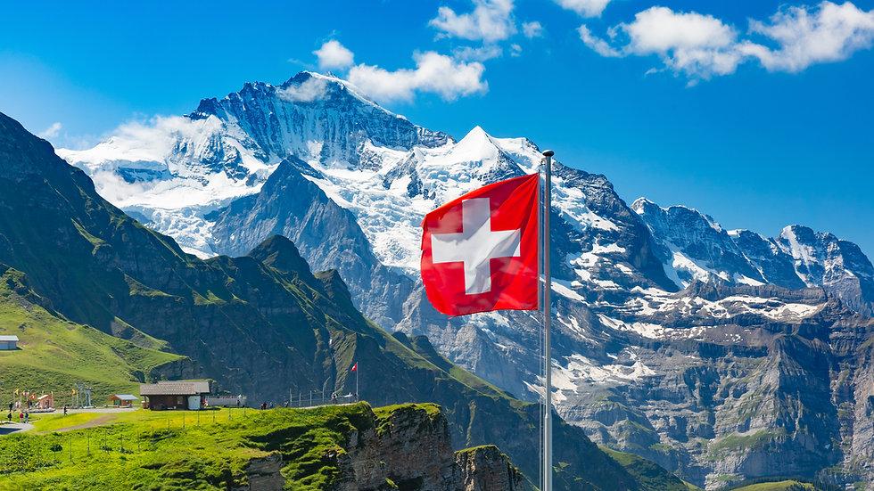 Schweiz shutterstock_1467524654.jpg