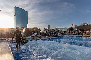 Urbansurf_landing page_Foto Robert Hanga