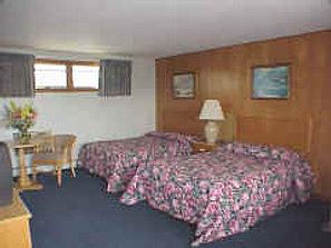 Blue sea motor inn provincetown ma motel hotel on cape for Blue sea motor inn