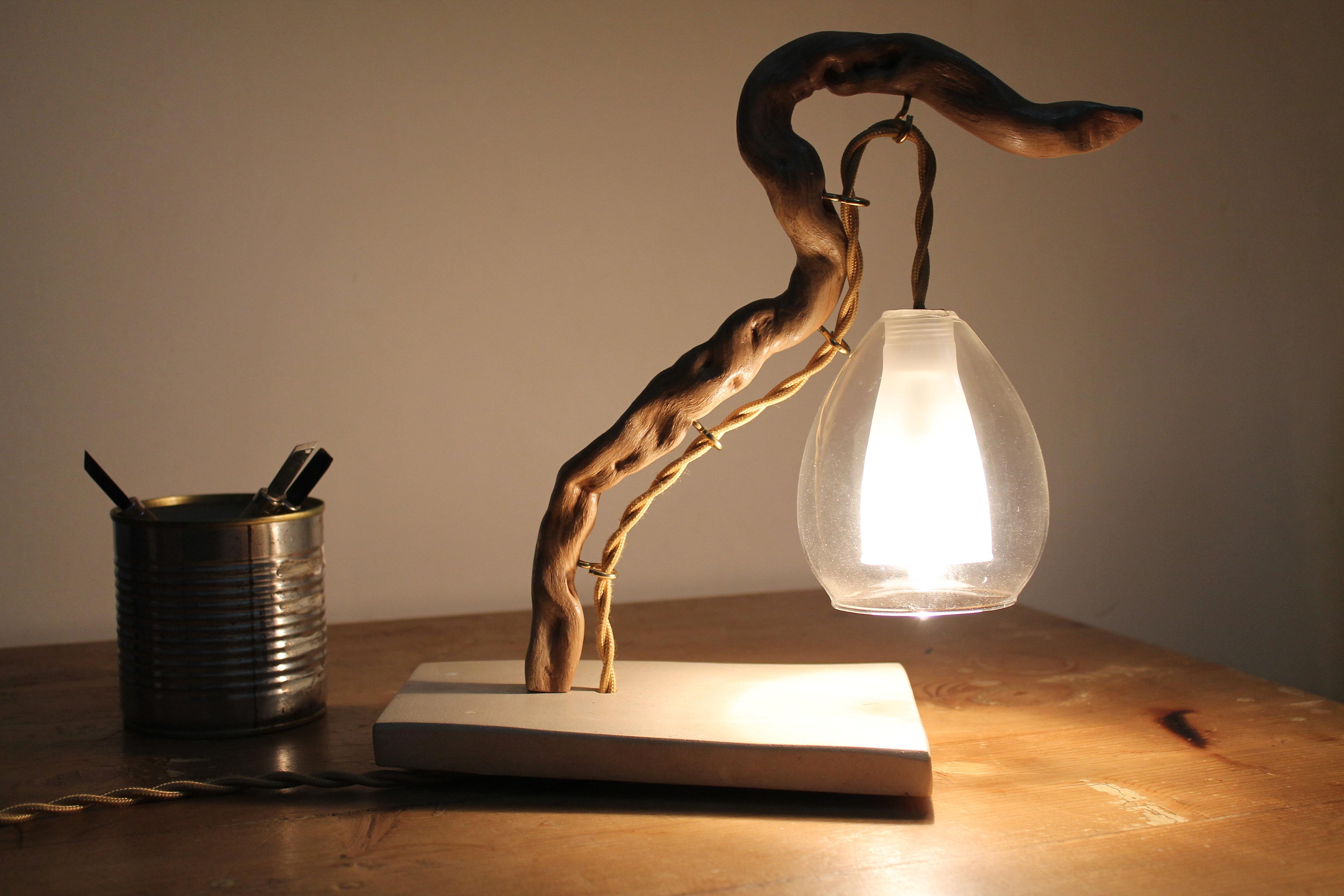 """Legnointesta - Lampade artigianali in legno di mare  """"Sirena"""""""