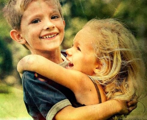 сестрёнка отдала себя брату