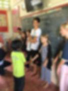 Svenska Skolan Lanta på besök i thailändska skoan på Pra-ae