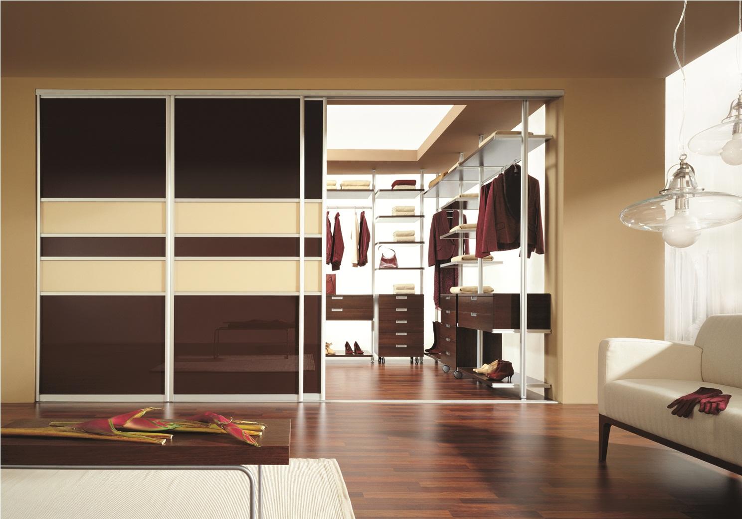 Шкаф встроенный гардероб