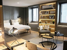 superior-suite-room-standard.jpg