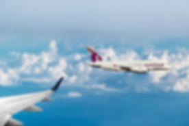 qatar-airways-3478969_1920.jpg