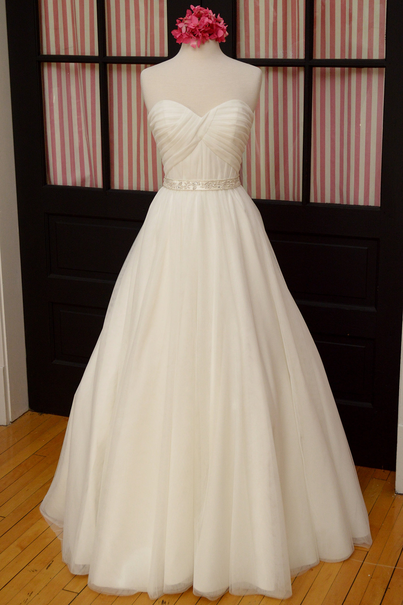Mother of the bride dresses madison wi discount wedding for Wedding dresses appleton wi
