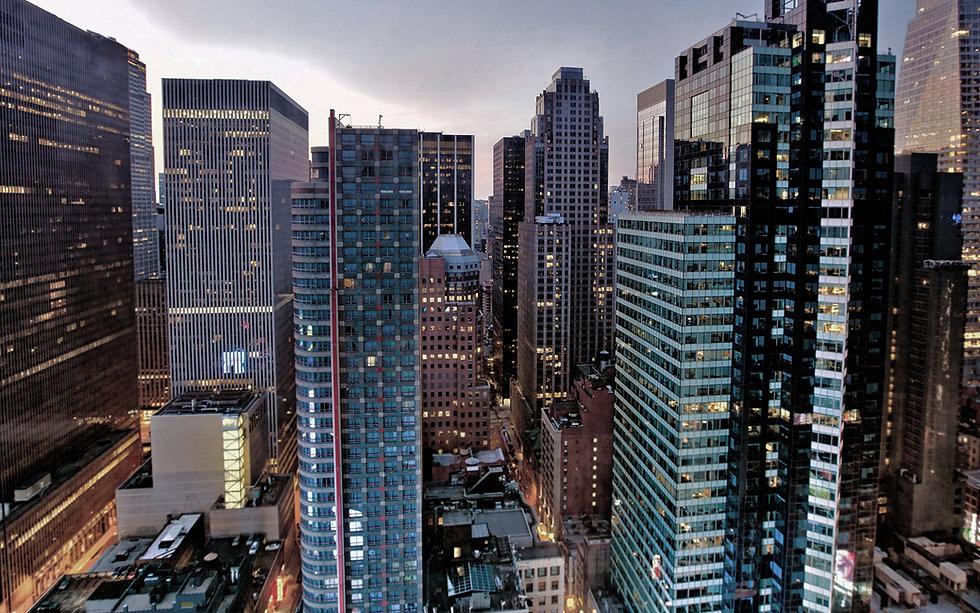 Widok na wieżowce w mieście