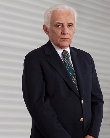 LC_Dr_Lousada_Camara_Web.jpg