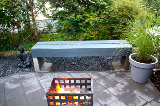 diy gartenbank aus beton und holz wie du eine bank aus l steinen bauen kannst mimimia. Black Bedroom Furniture Sets. Home Design Ideas