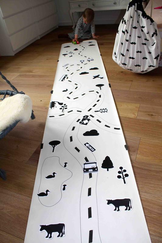 wie du ganz einfach und g nstig einen sch nen spielteppich. Black Bedroom Furniture Sets. Home Design Ideas