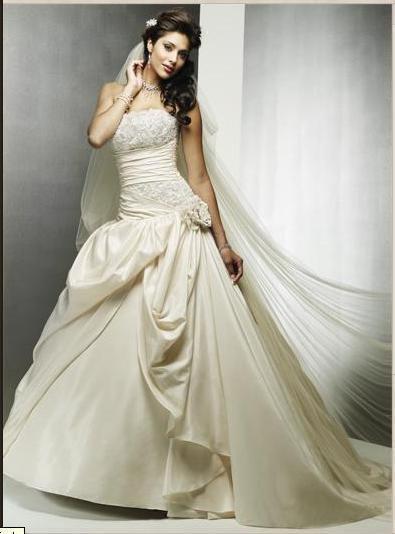 1266428978_74865682_1-Fotos-de-Exclusivo-vestido-de-novia-de-disenadora-americana-Maggie-Sottero.jpg