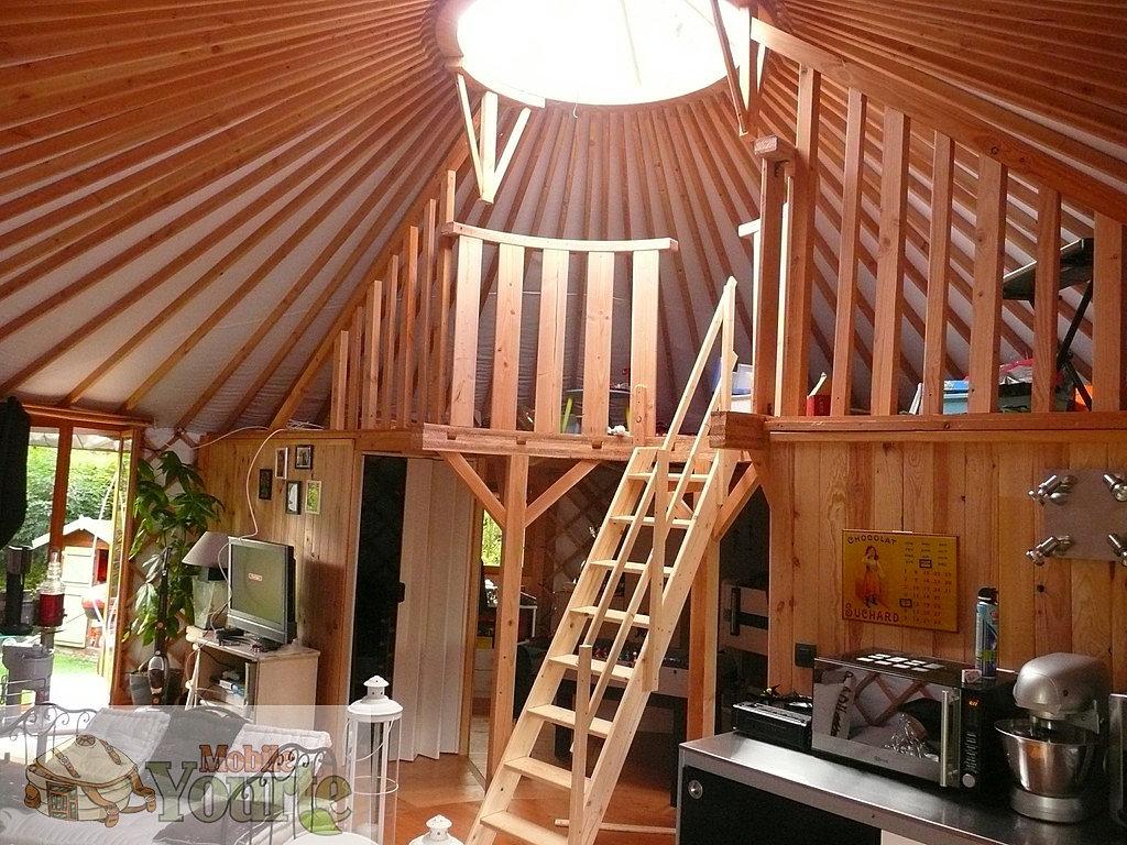 mobileyourte fabricant de yourte contemporaines mezzanine pour yourte en normandie. Black Bedroom Furniture Sets. Home Design Ideas
