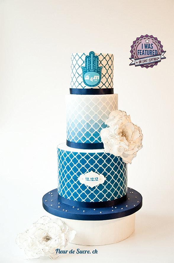 Hochzeitstorte Blau & Weiss