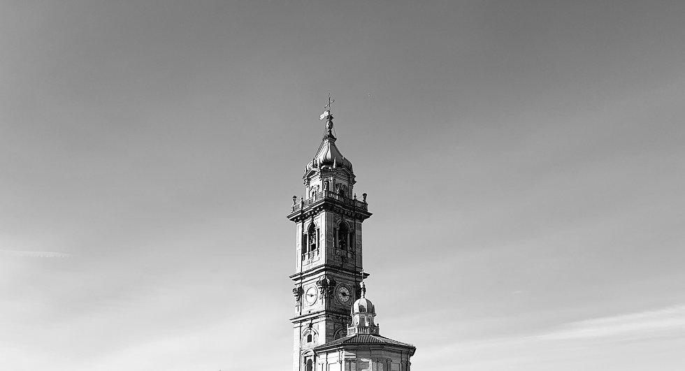campanile_varese_bn_edited.jpg