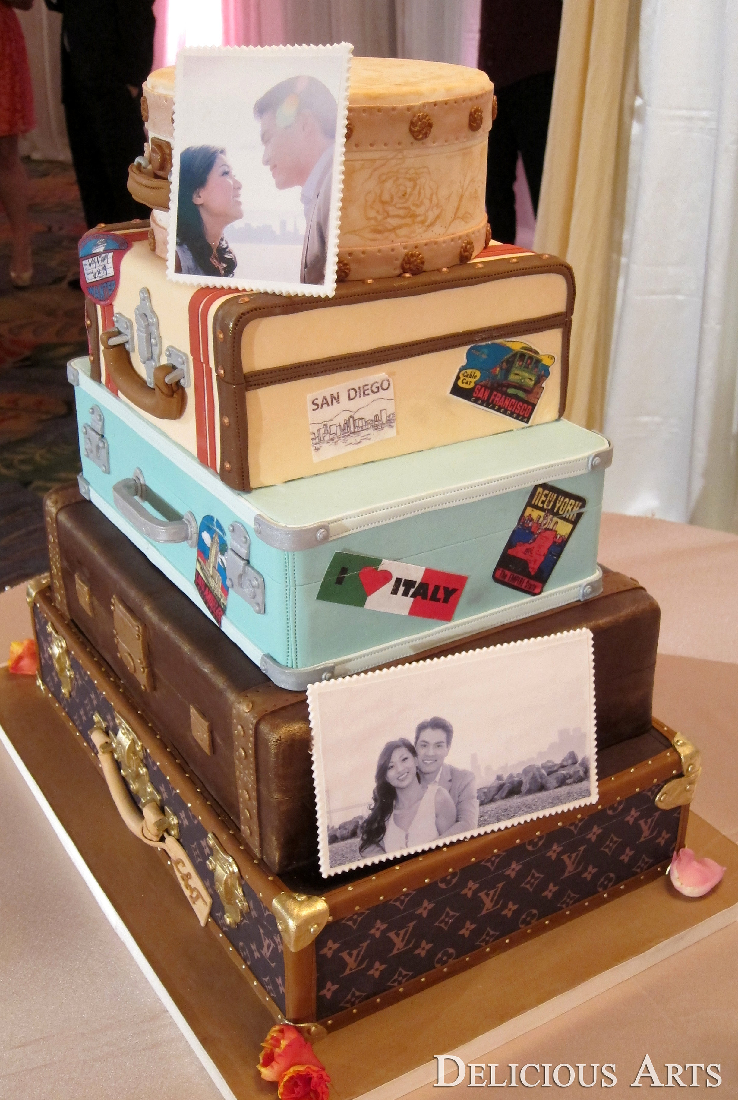 Tier Wedding Cake Travel Theme