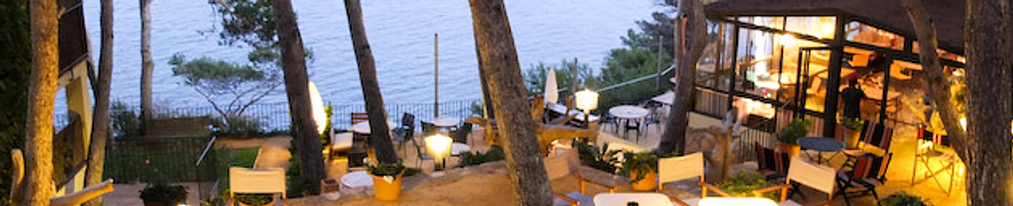 Vintage Hotel Lounge view begur
