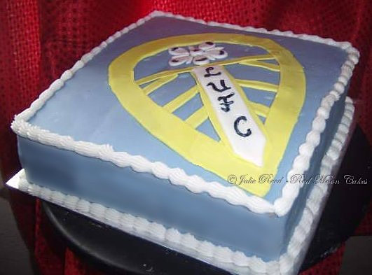 Design Your Own Cake Leeds : Leeds Utd Cake @JulieReed.jpg