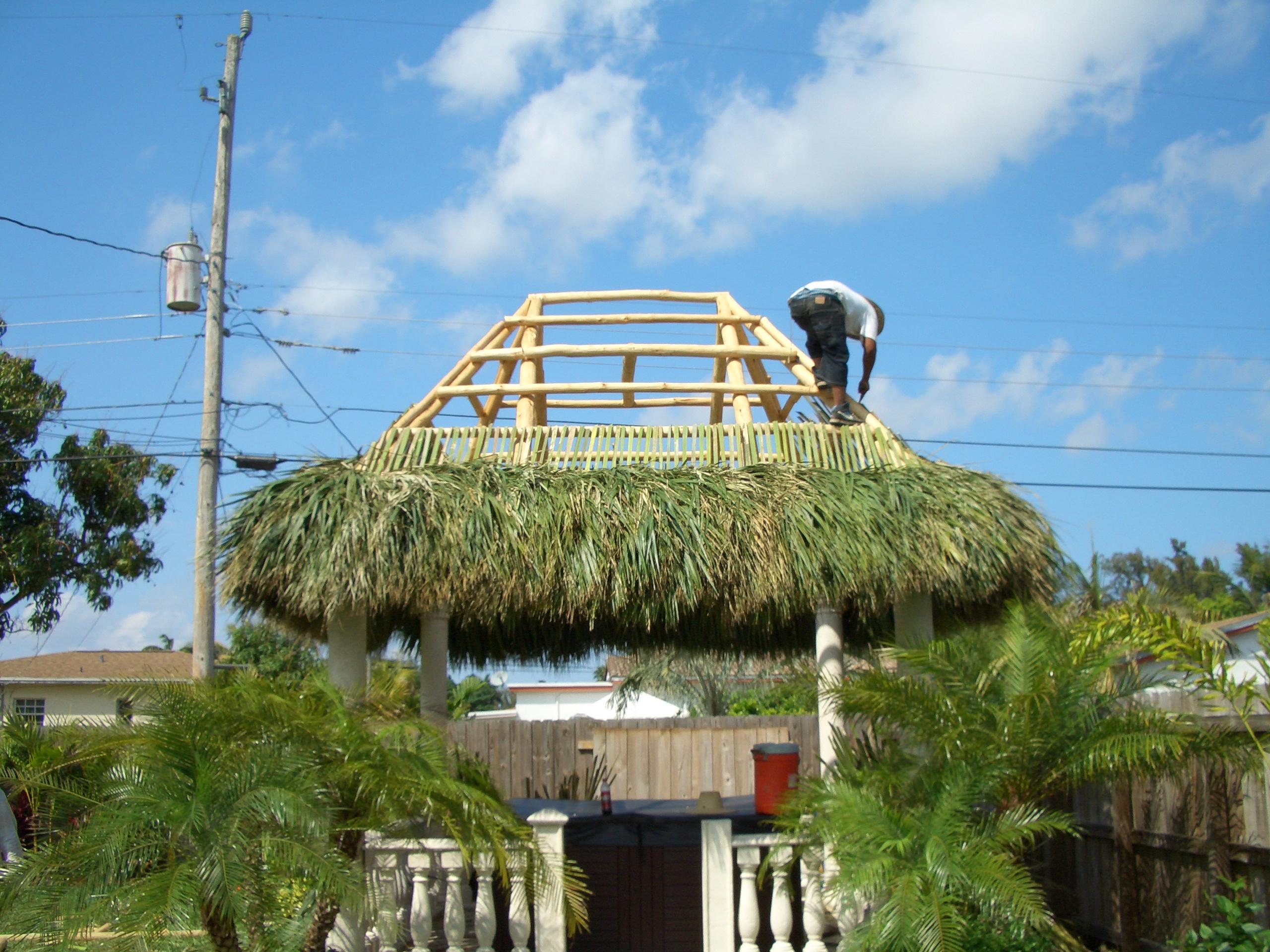 Tiki hut construction 28 images bamboo hut for Leiner jugendzimmer xara