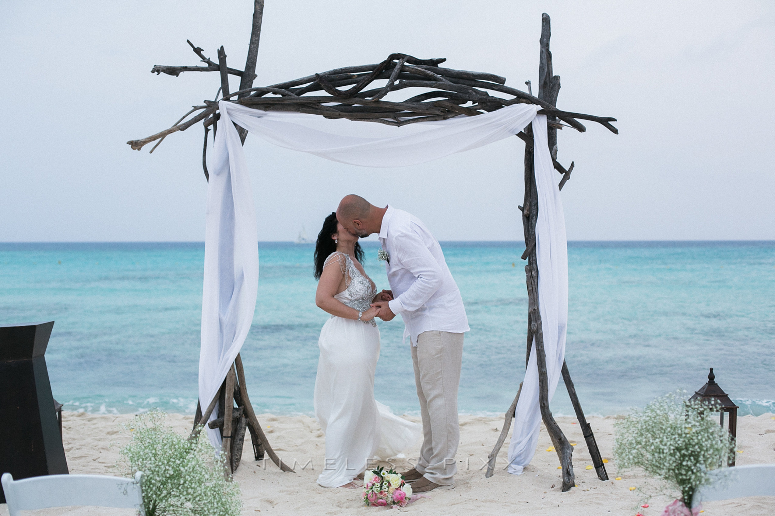 Aruba Beach Wedding Photographer