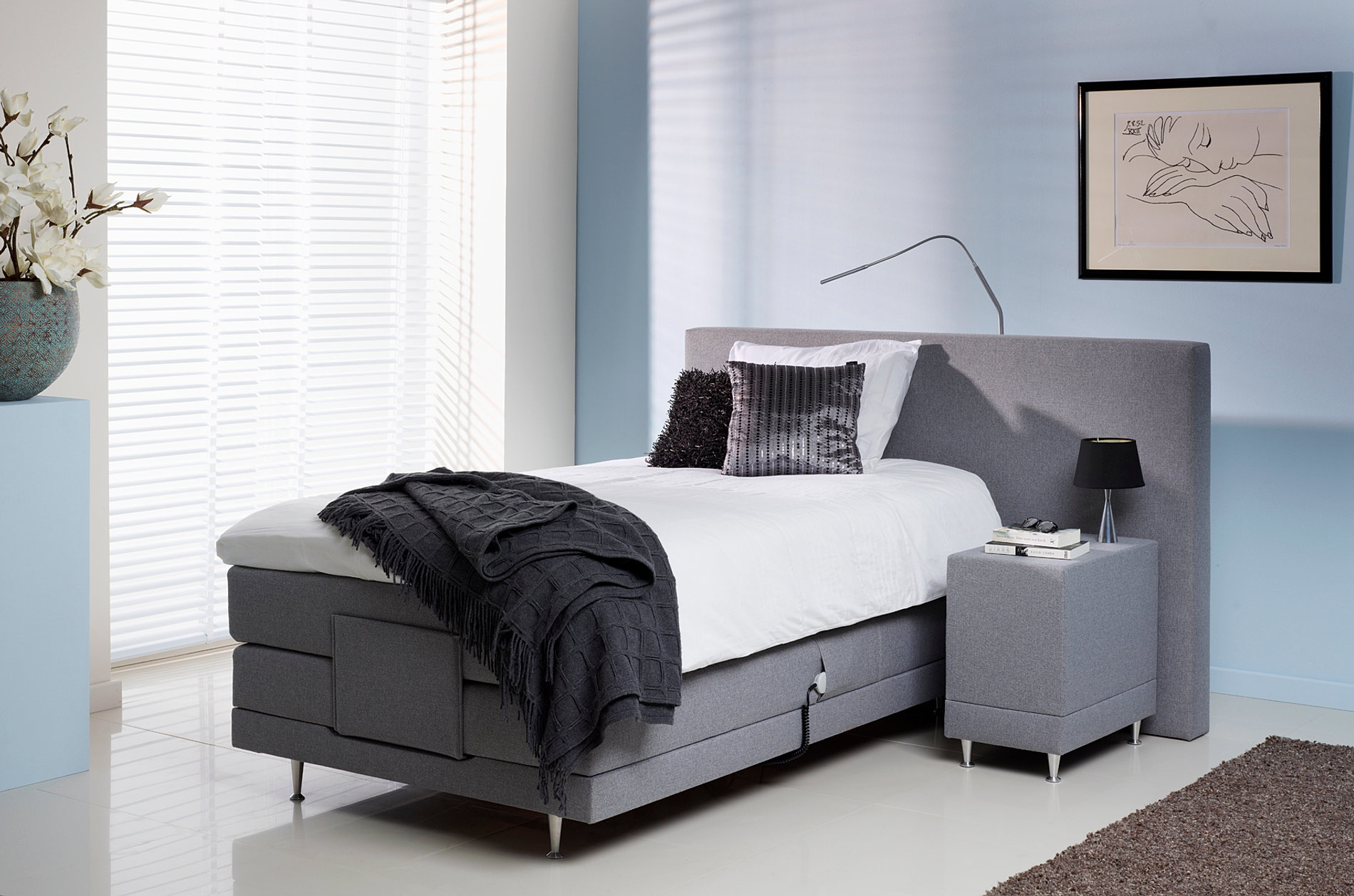 fabulous persoons boxspring with lauvik boxspring. Black Bedroom Furniture Sets. Home Design Ideas