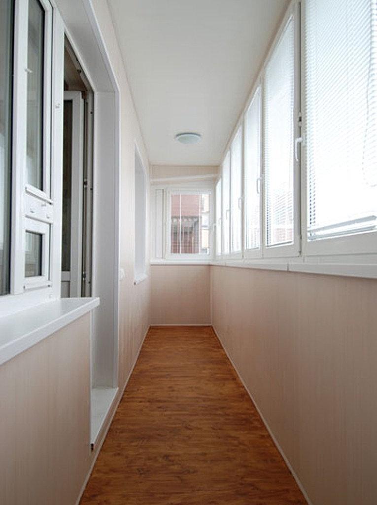 Отделка балкона пластиковыми пвх и мдф панелями своими рукам.