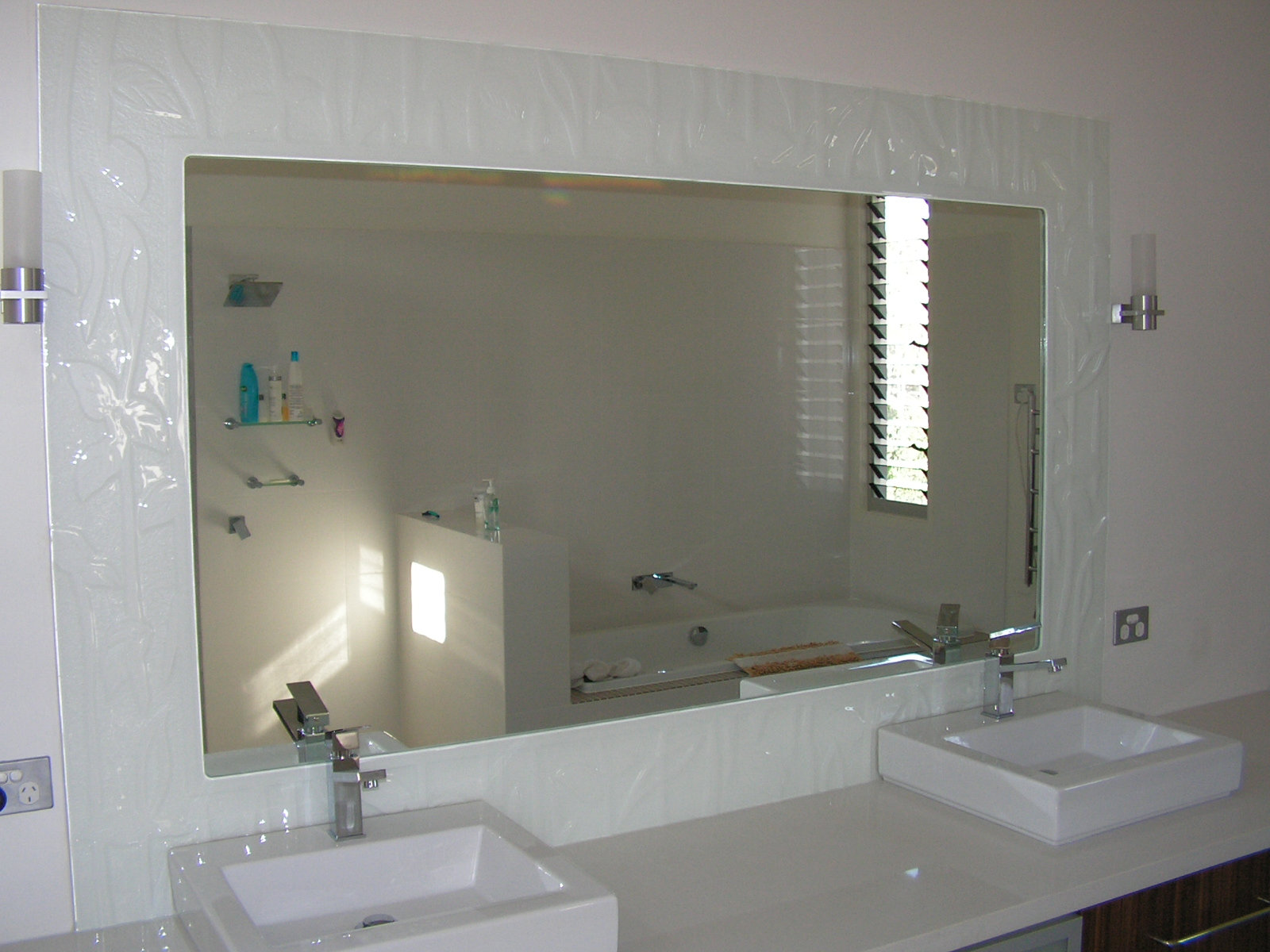 Glass Mirrors, Decorative glass mirror Frames - Texured, Slumped and ...