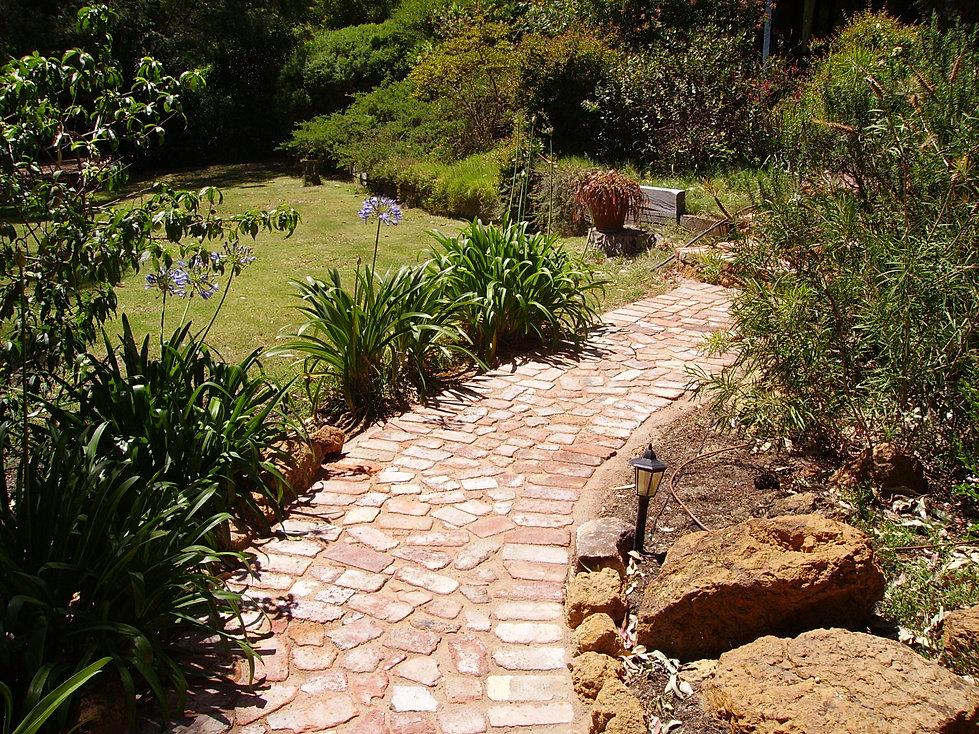 Skl garden design landscaping perth hills for The garden design sk