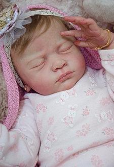 Bebê quase real