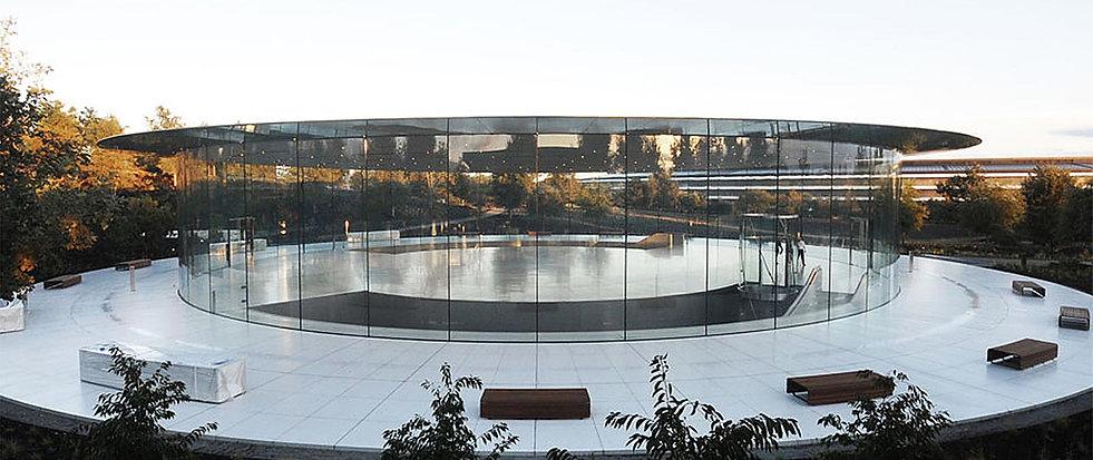 142-Steve-Jobs-Theater-1_i.jpg