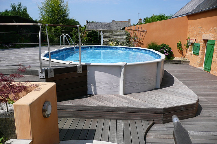 terrasse trois niveaux autour dune piscine hors sol ambiances aquatiques - Terrasse En Bois Autour D Une Piscine Hors Sol