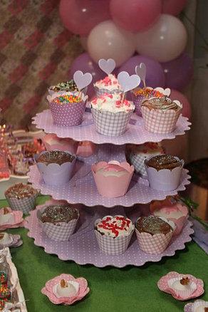 Cup+cakes+(1)_512x768.jpg