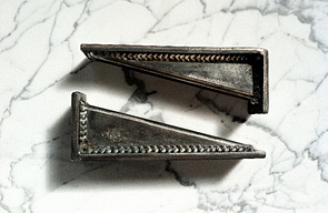 SEAN STEEL DOORSTOP / BOOKENDS