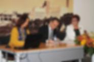 Assinatura do protocolo de criação do Clube UNESCO para o Património Cultural, em Rio Maior. Da esquerda para a direita: Anna-Paula Ormeche (CN UNESCO), Nuno Rocha e Manuela Fialho (EICEL1920). Rio Maior, 23 de Novembro de 2019. © Paulo Araújo, Comércio & Notícias.