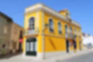 Casa na Rua Mouzinho de Albuquerque no.s 19 a 25. © Nuno Rocha, 2017. Arquivo O Riomaiorense.