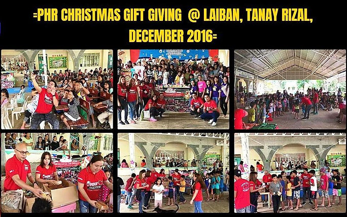 22. Christmas Gift Giving 2016