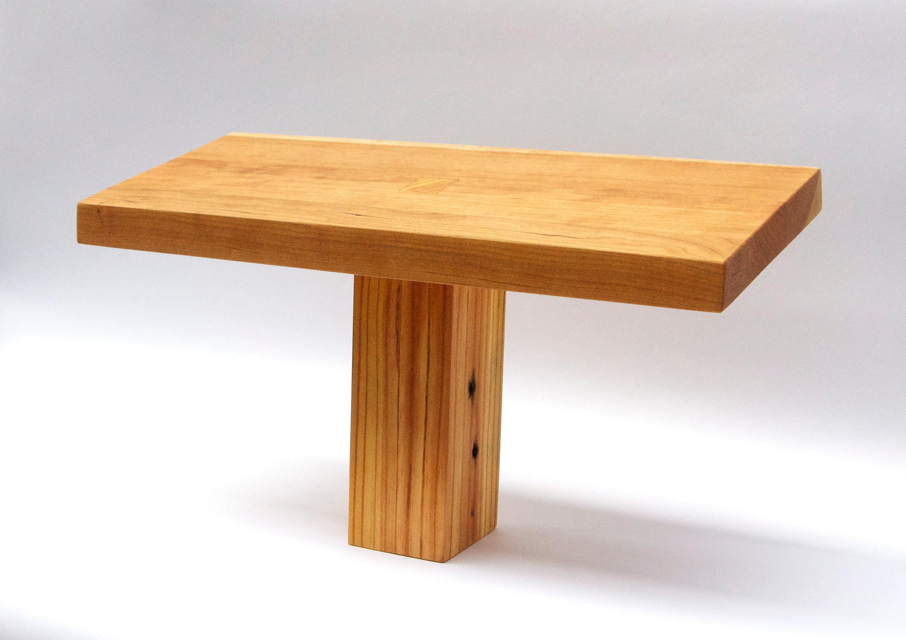 Ergonomic Posture Bench