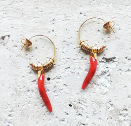 "Elise Tsikis: ""DISME"" piment - BOUCLES D\'OREILLES / EARRING 