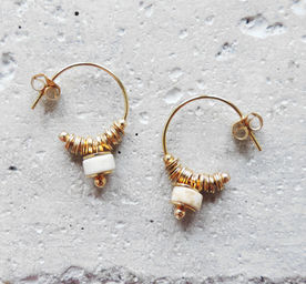 "Elise Tsikis: ""DISME"" Craie - BOUCLES D\'OREILLES / EARRING 