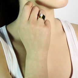 """Elise Tsikis: """"DENA"""" BAGUE / RING 
