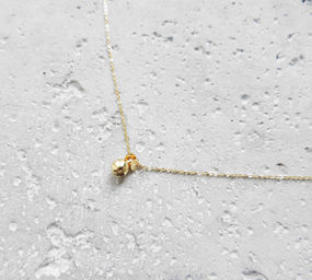 "Elise Tsikis: ""GRELOT"" - COLLIER / NECKLACE 