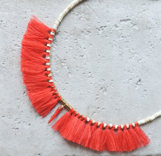 "Elise Tsikis: ""ELYES"" piment - COLLIER / NECKLACE - Hiphunters Shop"