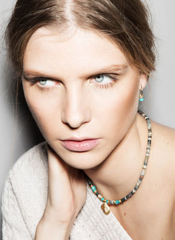 "Elise Tsikis: ""ELYES"" Turquoise - COLLIER / NECKLACE 