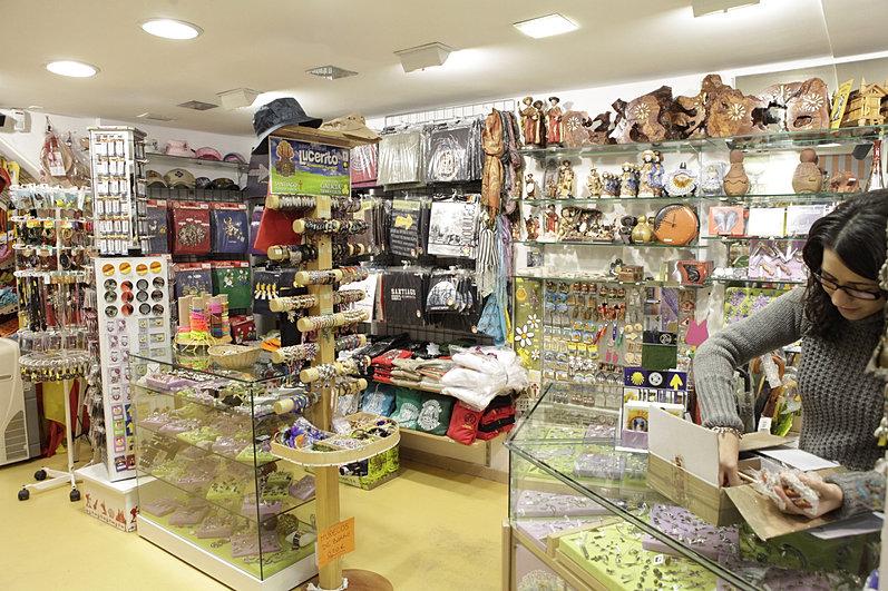 Xanela agasallos regalos santiago de compostela souvenirs Artesania gallega regalos